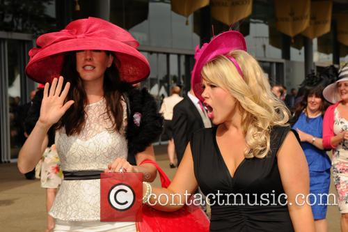 atmosphere ladies day at royal ascot 3728232