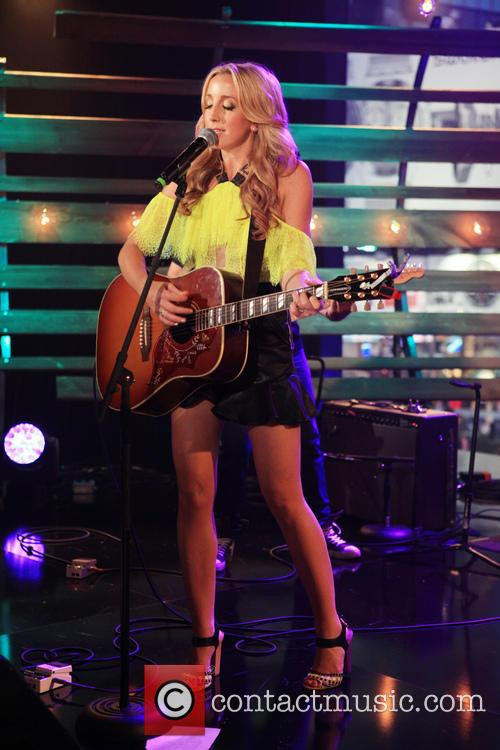 The MTV, VH1, CMT & LOGO 2013 O...