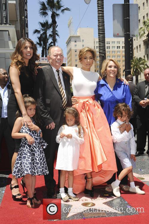 Jennifer Lopez, David Lopez, Guadalupe Lopez, Max, Emme Maribel and Lynda Lopez 3