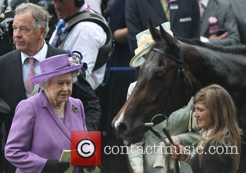 Queen Elizabeth Ii and Estimate 1