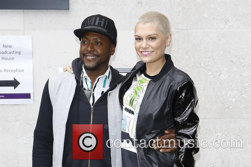 Will.i.am and Jessie J 6