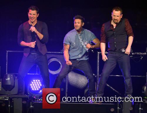 Nick Lachey, Jeff Timmons, Justin Jeffre and 98 Degrees 6
