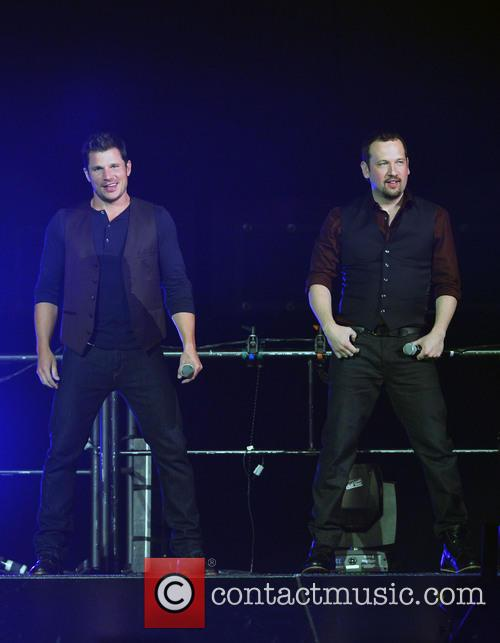 Nick Lachey, Justin Jeffre and 98 Degrees 5