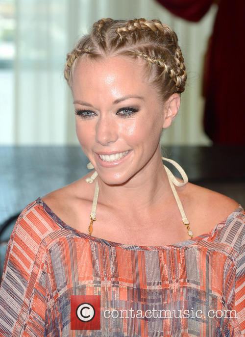 Kendra Wilkinson Party