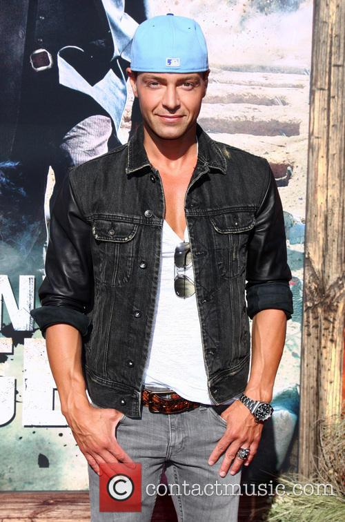 joey lawrence the world premiere of the 3731345