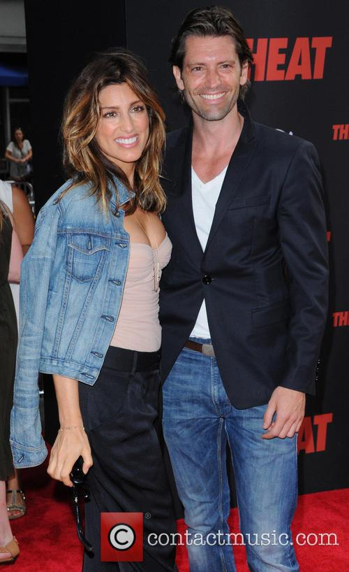 Jennifer Esposito and Louis Dowler 5