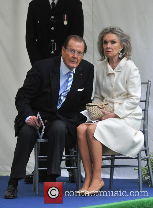 Sir Roger Moore and Kristina Tholstrup 2