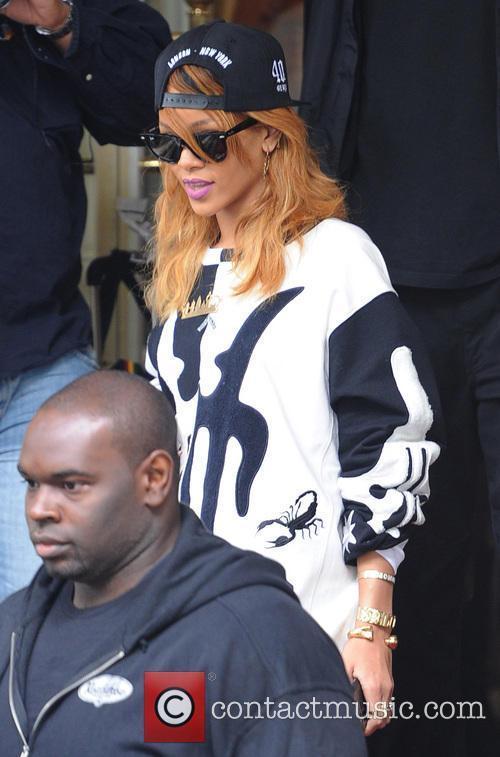 Rihanna 2
