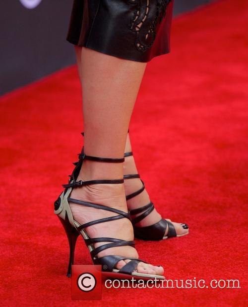 Sandra Bullock 32