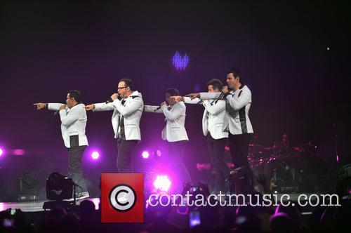 Donnie Wahlberg, Joey McIntyre, Jordan Knight, Jonathan Knight and Danny Wood 15