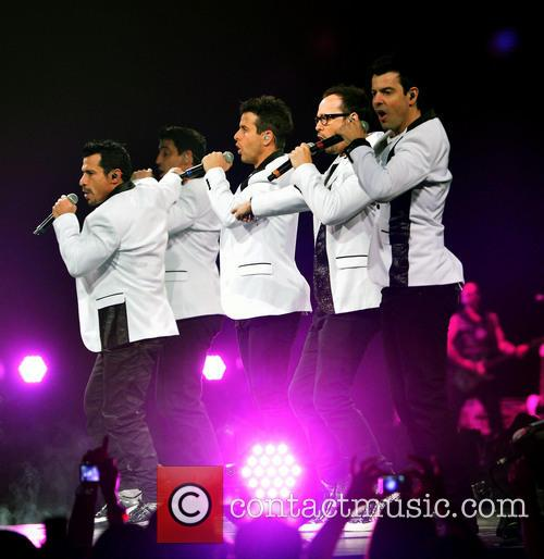 Donnie Wahlberg, Joey McIntyre, Jordan Knight, Jonathan Knight and Danny Wood 22