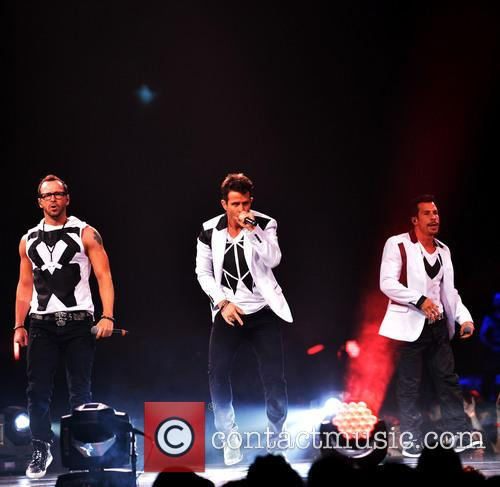 Donnie Wahlberg, Joey McIntyre, Jordan Knight, Jonathan Knight and Danny Wood 43