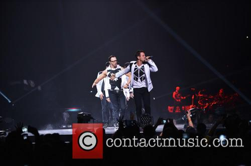 Donnie Wahlberg, Joey McIntyre, Jordan Knight, Jonathan Knight and Danny Wood 46