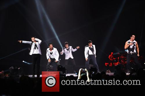 Donnie Wahlberg, Joey McIntyre, Jordan Knight, Jonathan Knight and Danny Wood 48
