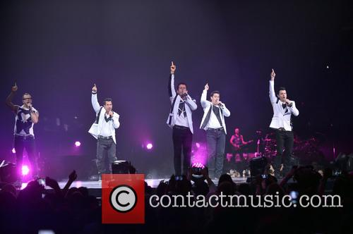 Donnie Wahlberg, Joey McIntyre, Jordan Knight, Jonathan Knight and Danny Wood 56