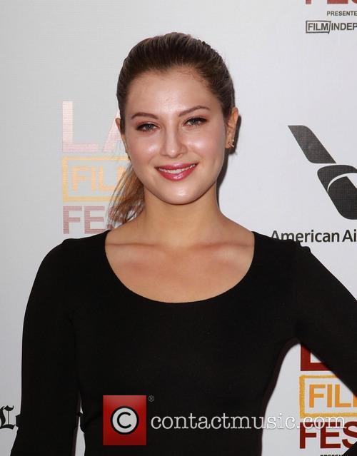 Zoe Levin 7