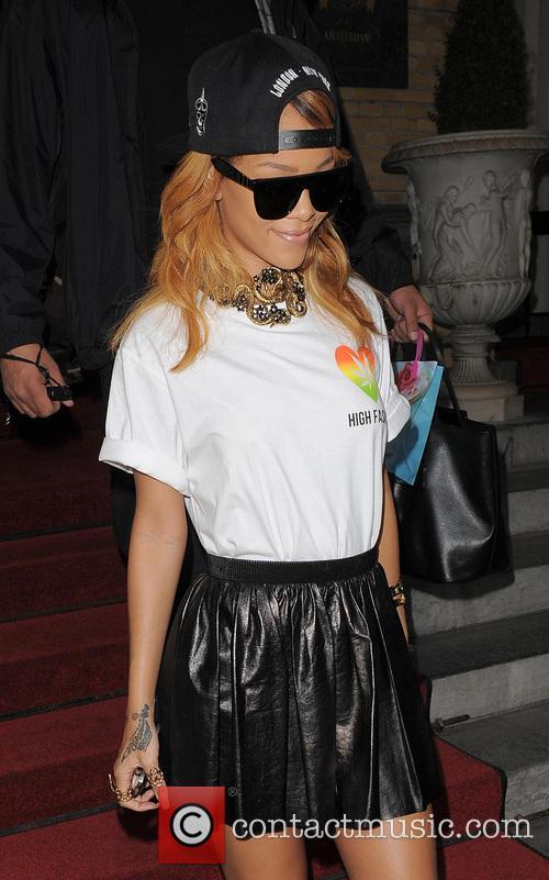Rihanna 11