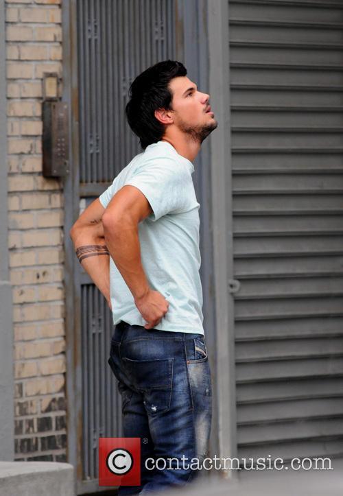 Taylor Lautner 17