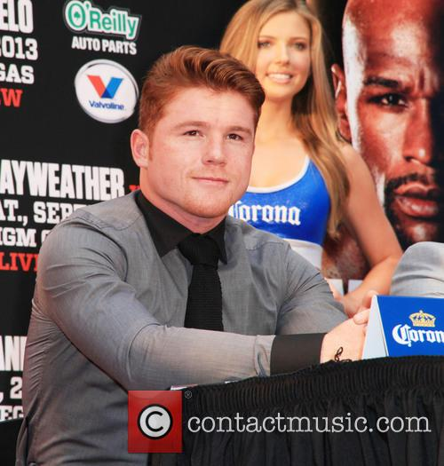 Floyd Mayweather and Canelo Alvarez 10
