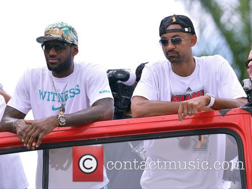 Lebron James and Juwan Howard 4