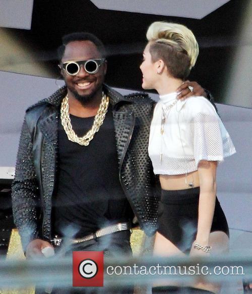 Miley Cyrus and Will.i.am 3