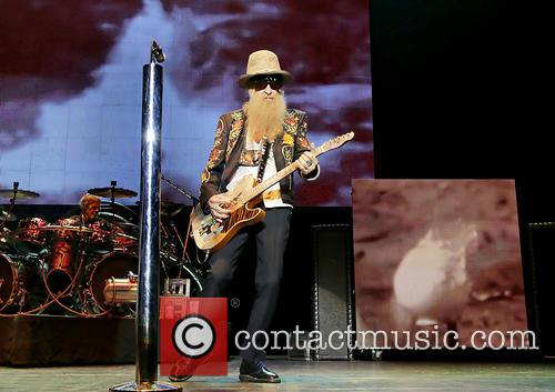 billy gibbons frank beard zz top performing at 3734711