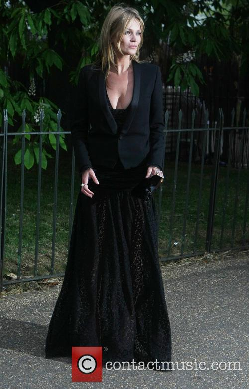 Kate Moss, Kensington Gardens