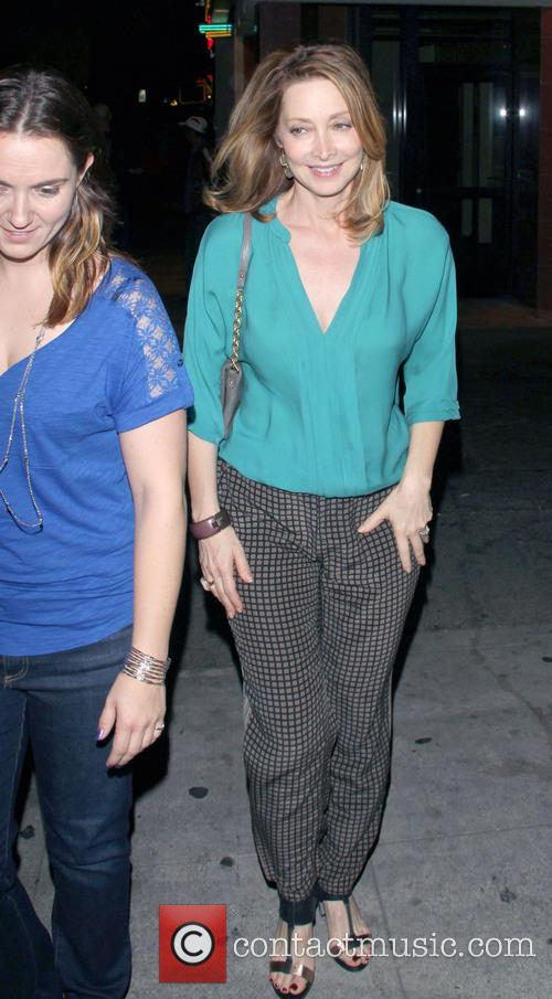Sharon Lawrence 3