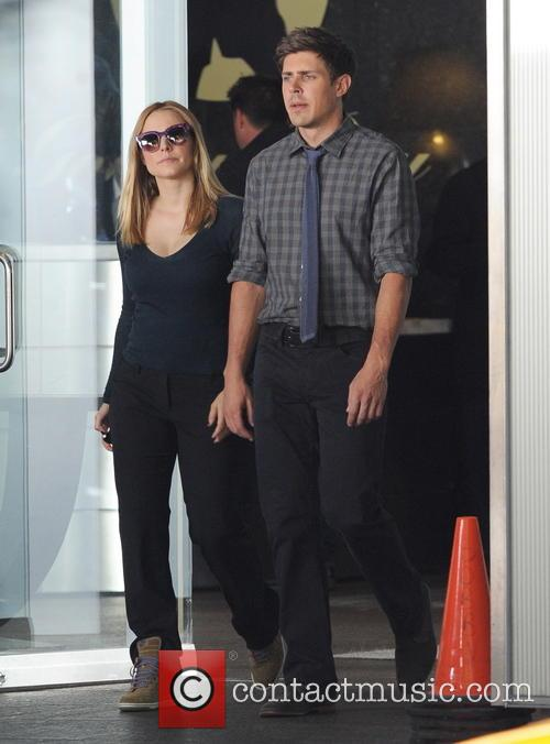 Kristen Bell and Chris Lowell 9