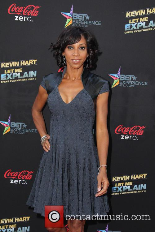 holly robinson peete los angeles premiere of 3739061