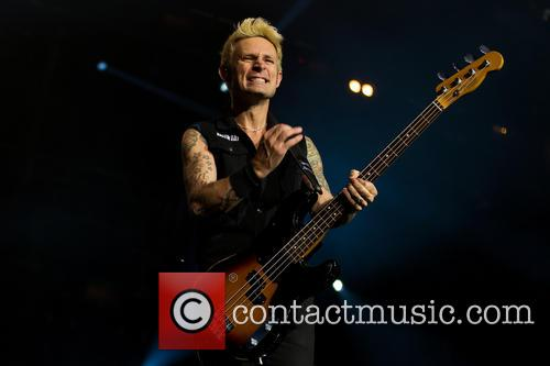 Mike Dirnt and Green Day 4