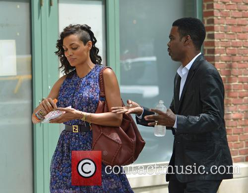 Rosario Dawson and Chris Rock 8