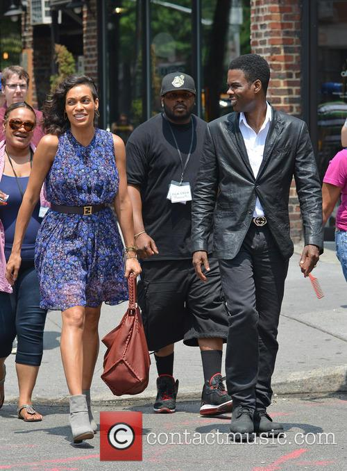 Rosario Dawson and Chris Rock 9