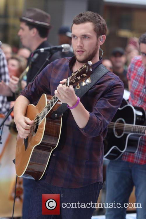 Phillip Phillips 1