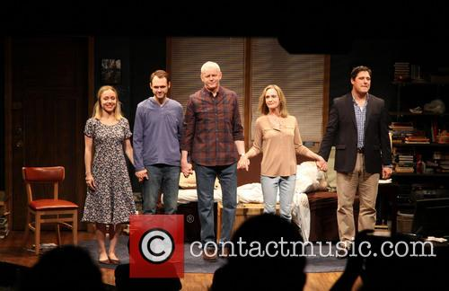 Sarah Goldberg, Christopher Denham, David Morse, Lisa Emery and Rich Sommer 5