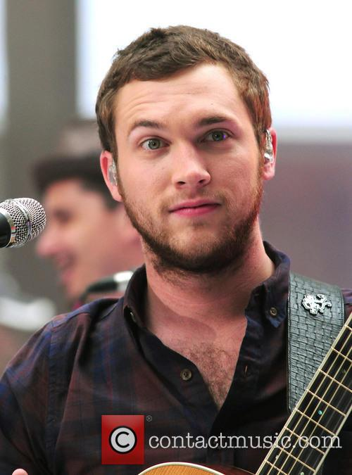 Phillip Phillips 3