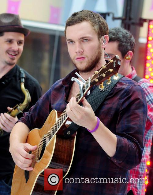 Phillip Phillips 4