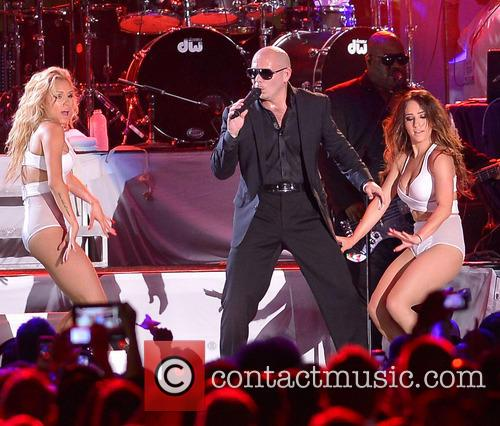 pitbull iheartradio ultimate pool party 3742324