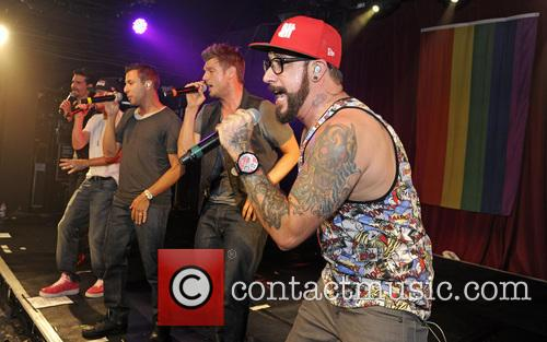 Backstreet Boys, A. J. Mclean, Howie Dorough, Nick Carter, Kevin Richardson and Brian Littrell 11