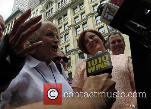 Christine Quinn and Edie Windsor 8