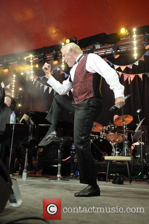 Bruce Forsyth at Glastonbury