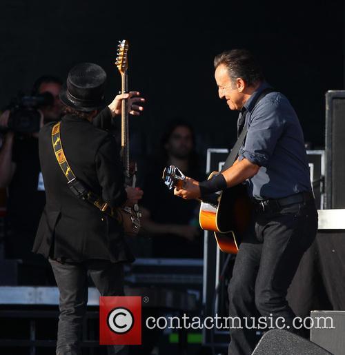 Bruce Springsteen and Nils Lofgren 1