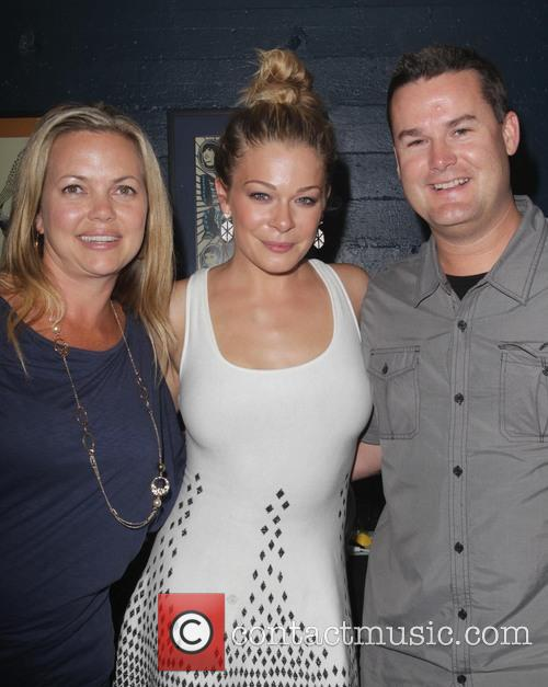 Leann Rimes and Guests 3