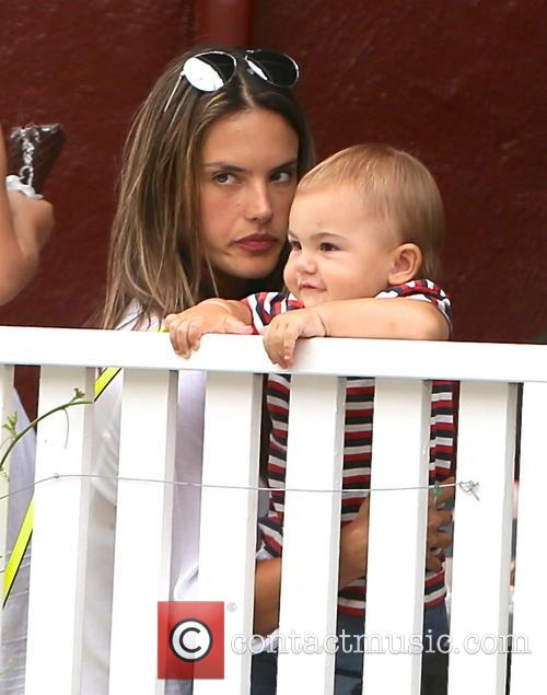 Alessandra Ambrosio, Noah Ambrosio Mazur, Brentwood Country Mart