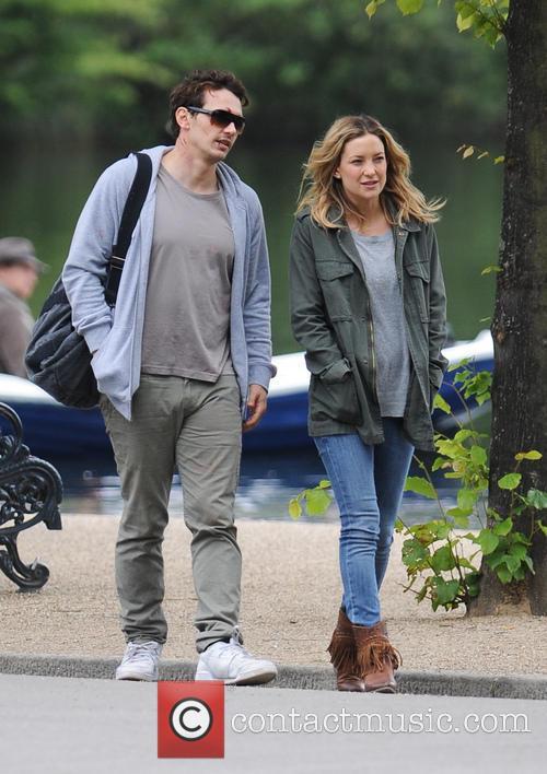 Kate Hudson and James Franco 13