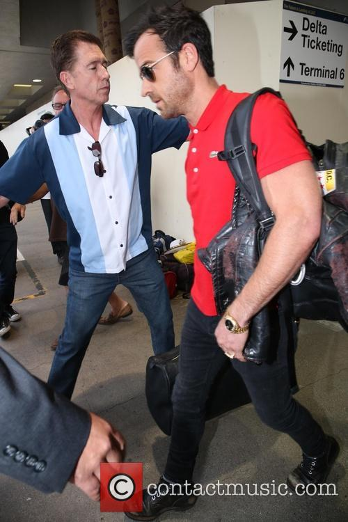 Justin Theroux, LAX airport