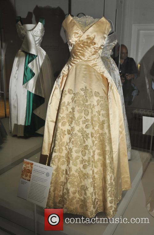 Dresses, The Queen, Princess Margaret, Princess Diana and Wales 3