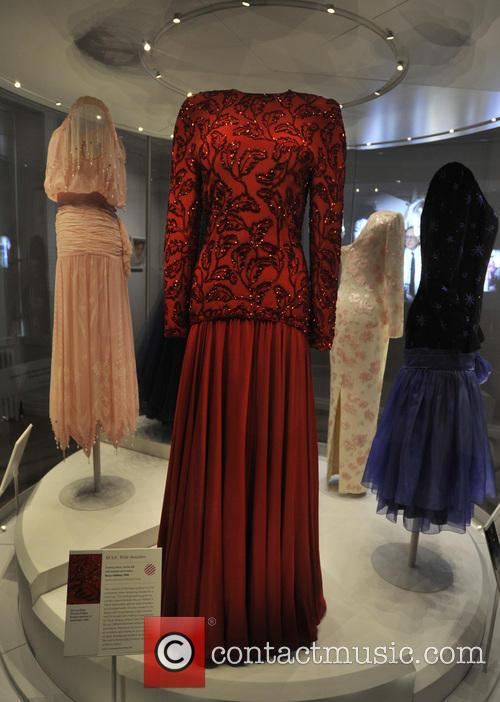 Dresses, The Queen, Princess Margaret, Princess Diana and Wales 8