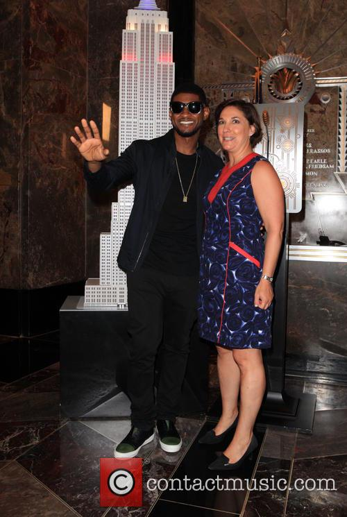 Usher and Guest 4