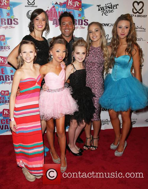 Autumn Miller, Sophia Lucia, Mia Diaz, Jessica Richens, Hayden Hopkins, Denae Luce and Mark Meismer 1